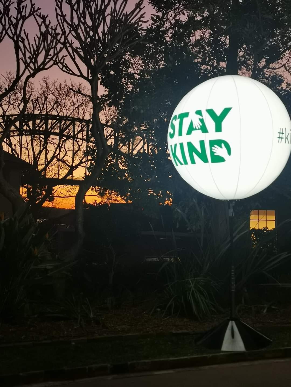 Stay Kind balloon